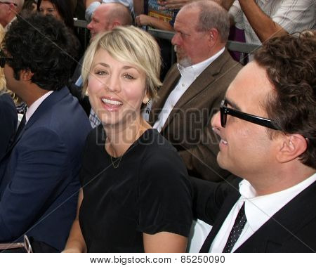 LOS ANGELES - MAR 11:  Kaley Cuoco-Sweeting, Johnny Galecki at the Jim Parsons Hollywood Walk of Fame Ceremony at the Hollywood Boulevard on March 11, 2015 in Los Angeles, CA
