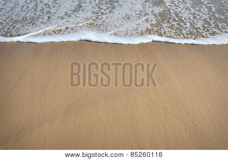 sand and wave backgrou