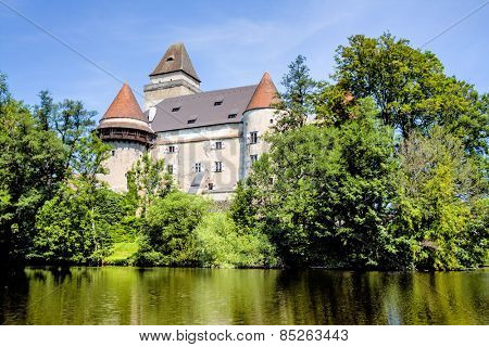 austria, lower austria, heidenreich stone castle. is known as the most beautiful moated castle in austria.