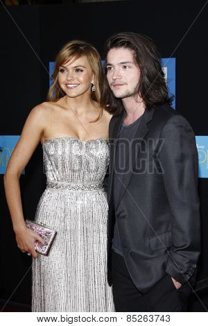 LOS ANGELES - APR 21: Aimee Teegarden, Thomas McDonell at the premiere of Walt Disney Pictures' 'Prom' at the El Capitan in Los Angeles, California on April 21, 2011.