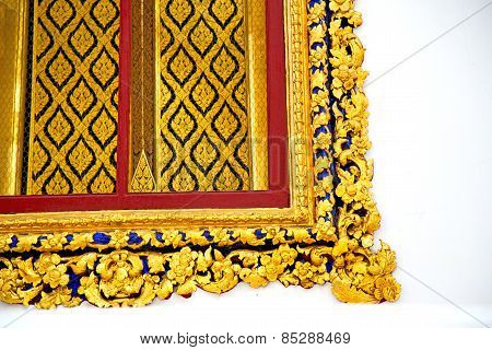 Window   In  Gold     Thailand Incision Of The Temple