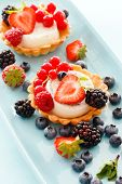 picture of tarts  - berries tart - JPG