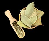 picture of bay leaf  - Bay leaves in wooden bowl - JPG