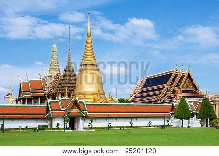 Wat Phra Kaew Grand Palace In Bangkok,thailand
