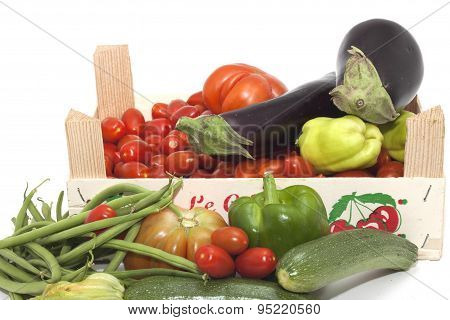 box of seasonal vegetables mixed
