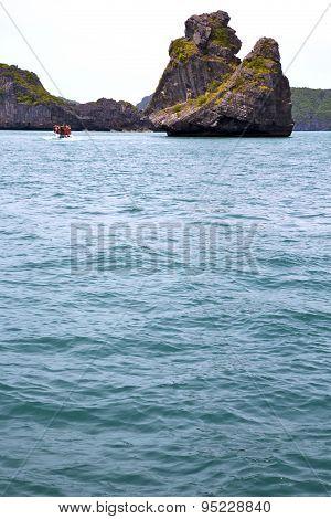Prayer Monkey Rock In Thailand Kho Phangan  Bay Abstract Boat