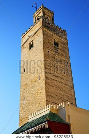 The History In Maroc Africa  Minaret  Blue    Sky