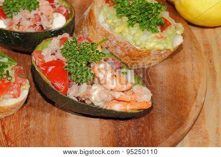 Avocado, Ciabatta, Guacamole, Shrimp, Tuna, Tomato Salad