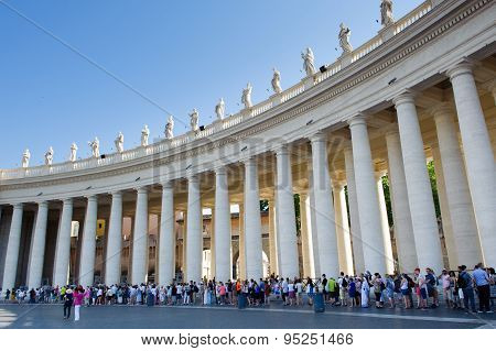 Rome, Italy, Vatican City – July 4Th 2015. Pilgrims And Tourists Que Ue Waiting To Enter In St Peter