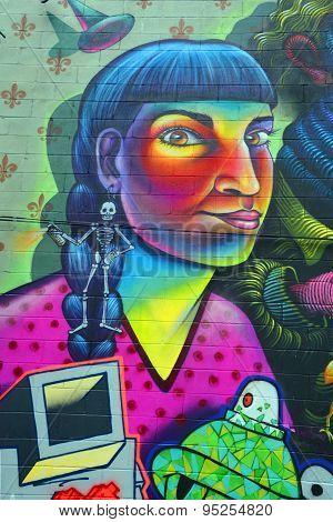 Street art Montreal alien