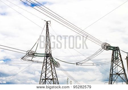 Metallic Support Of Transmission Lines