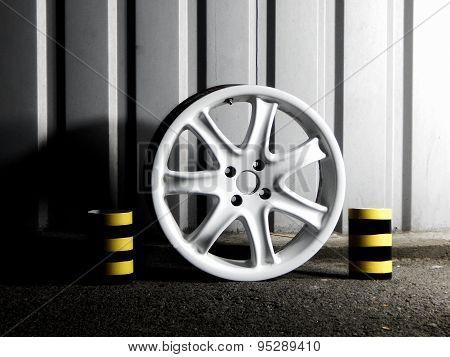 Domounted custom car wheel