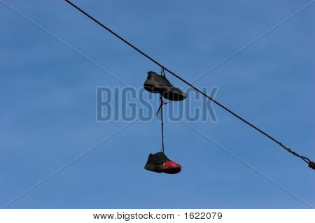 Shoeffiti