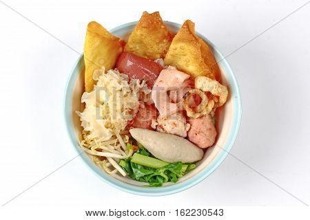 Thai Noodle With Pink Soup Called  Yen Ta Fo .