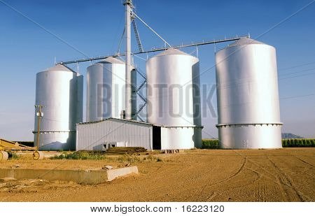 Large grain silos on farm in Arizona