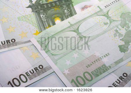 Euro Money Seven