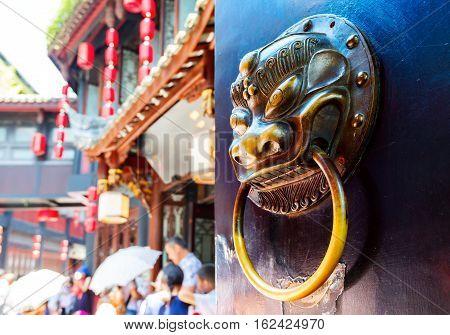 Koperen klopper leeuw patroon Chinese klassieke stijl.