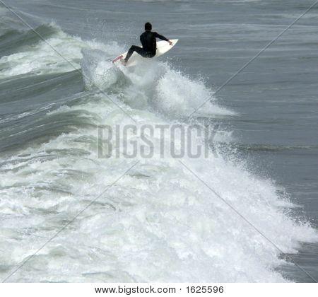 Surfer Vert Down Line