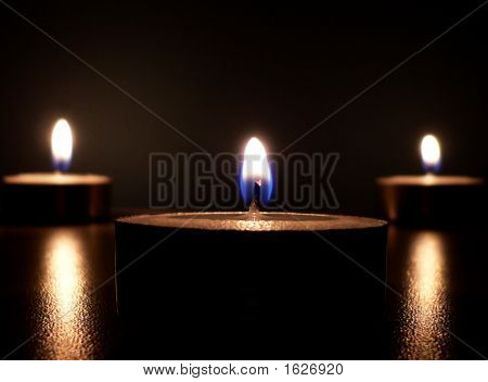 Candle Light Closer