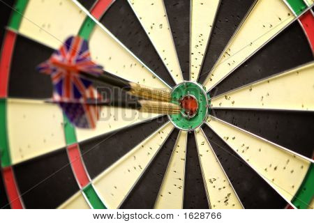 Darts In Bull'S Eye