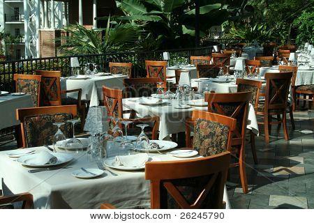 restaurant setting for a wedding reception