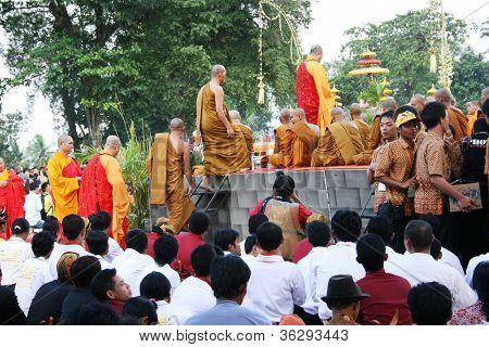pray at the religious celebration
