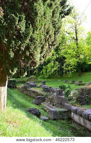 Lapidary park
