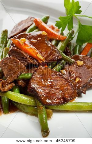 Beef with String Beans and Carrots