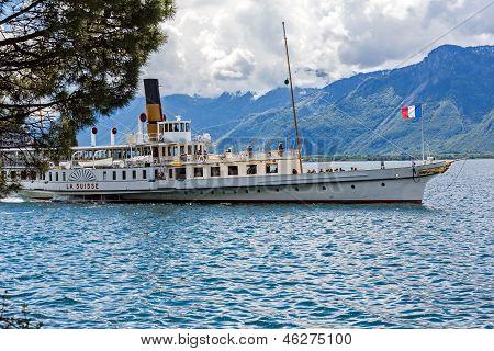 La Suisse Paddelboat