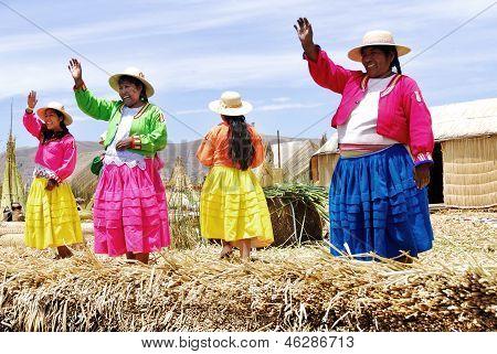 Uros women