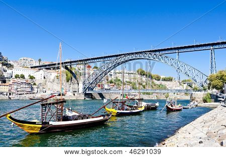 Dom Luis I Bridge and typical boats (rabelos), Porto, Portugal