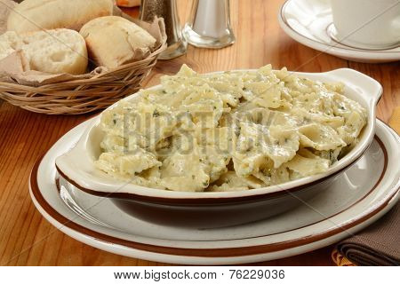 Pasta In A Cramy Pesto Cream Sauce