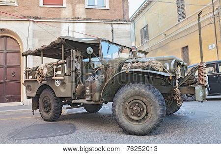 Old Military Light Truck Dodge D 3/4 Apt