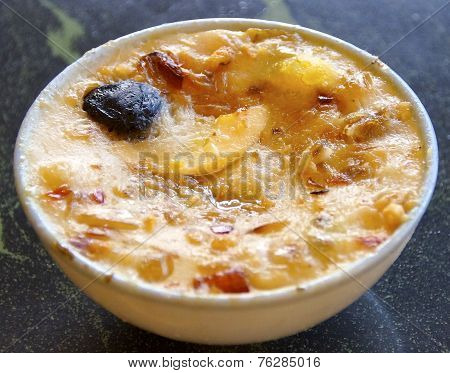 Taiwanese gourmet, rice cake in a bowl closeup