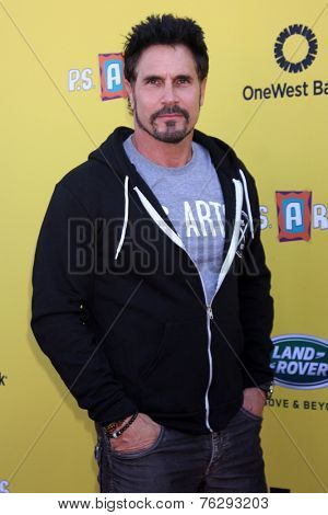 LOS ANGELES - NOV 16:  Don Diamont at the PS Arts Express Yourself Benefit at the Barker Hanger on November 16, 2014 in Santa Monica, CA