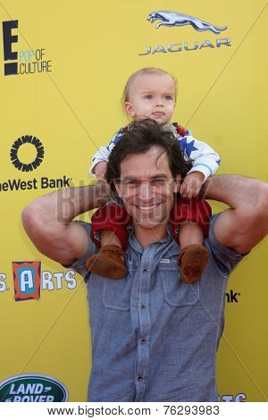 LOS ANGELES - NOV 16:  Johnathon Schaech, Camden Quinn Schaech at the PS Arts Express Yourself Benefit at the Barker Hanger on November 16, 2014 in Santa Monica, CA