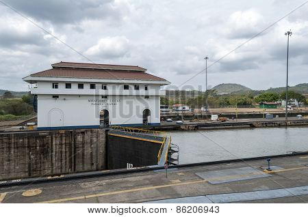 Panama Canal, Miraflores Locks.