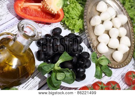 Olives, Tomatoes, Pepper, A Mozzarella And Ruccola - For Pizza Preparation