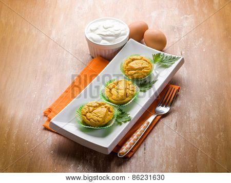 muffin with carrot and yogurt