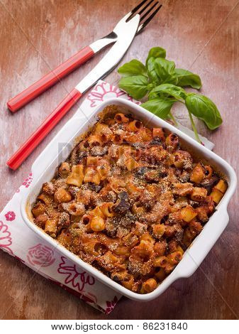 oven pasta with tomato sauce and eggplants