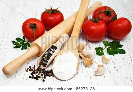 Tomato, Garlic And Flour
