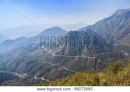 Beautiful O Quy Ho Bypass At Sapa, Lao Cai, Vietnam. It Is One Of Four Dangerous Roads In Vietnam. S