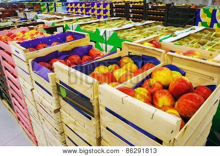 Plenty Of Apples In The Food Store
