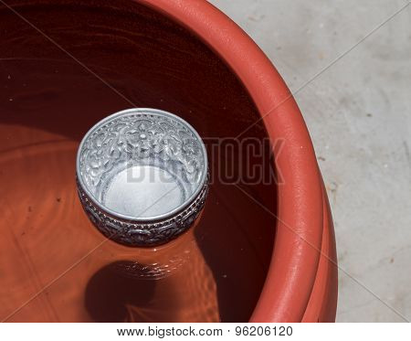 Water Jar With Bowl