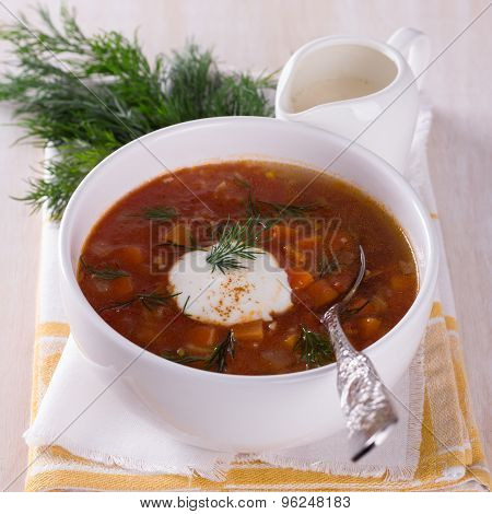 Vegetable soup with tomatoes