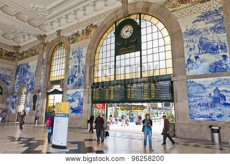 Main Hall Of Sao Bento Railway Station In Porto City, Portugal
