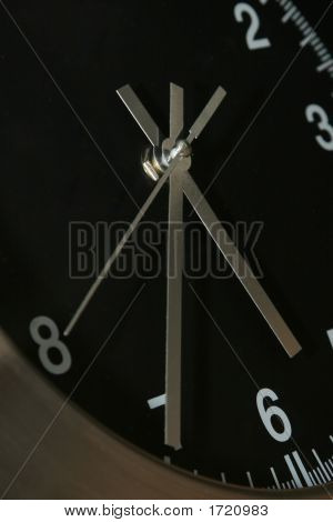 Harmony-Clock