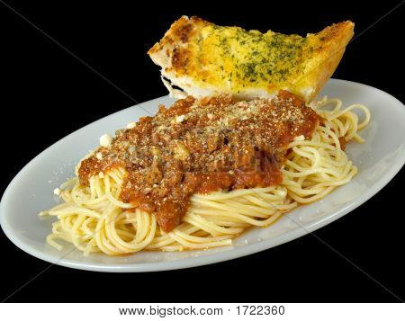 Spaghetti And Garlic Bread