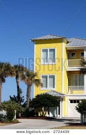 Yellow Beach Home