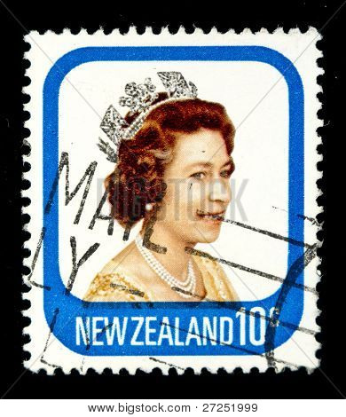 NEW ZEALAND - CIRCA 1975: A stamp printed in New Zealand showing queen Elizabeth II, circa 1975